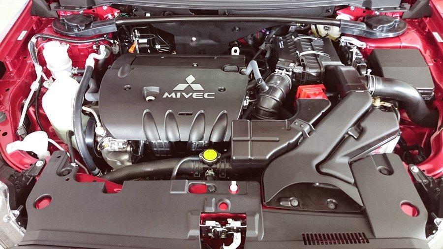 Lancer雙車系動力從1.8升直接升至2.0升 MIVEC引擎。 記者趙惠群/...