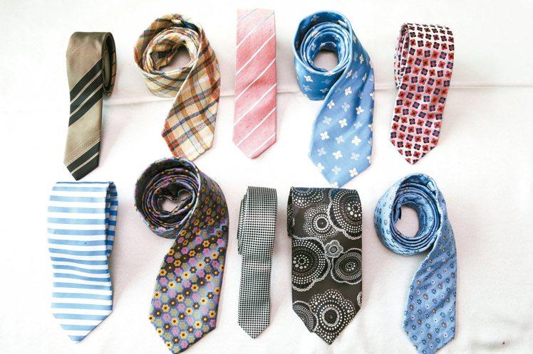劉家豪的領帶收藏,他偏好自然風色系、材質的領帶,讓人感覺沒有壓力。 圖/袁青提供...