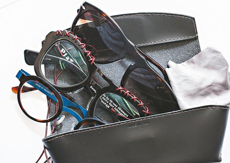 眼鏡也是型男造型利器之一。 圖/袁青提供、記者楊萬雲、徐兆玄攝影