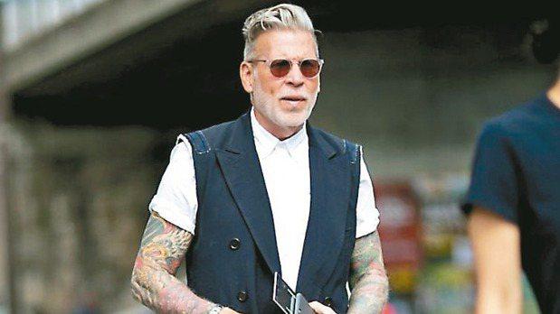 時尚大叔Nick Wooster認為勇於嘗試不同造型是找到自己風格的不二法門。 ...