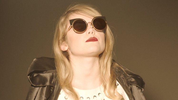 FENDI2016年春夏季EyeShine太陽眼鏡面世。圖/FENDI提供