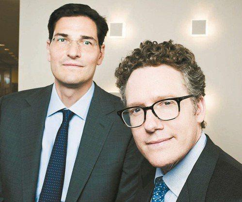 傳奇價值投資人艾維拉德的繼任者─麥克萊倫(右)和布魯克。