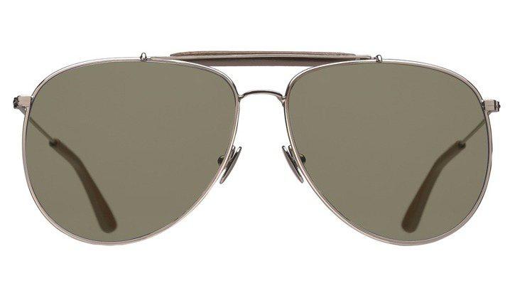 Valentino復古飛行員風格太陽眼鏡,以銀色金屬框配襯綠色超平面水晶玻璃鏡片...