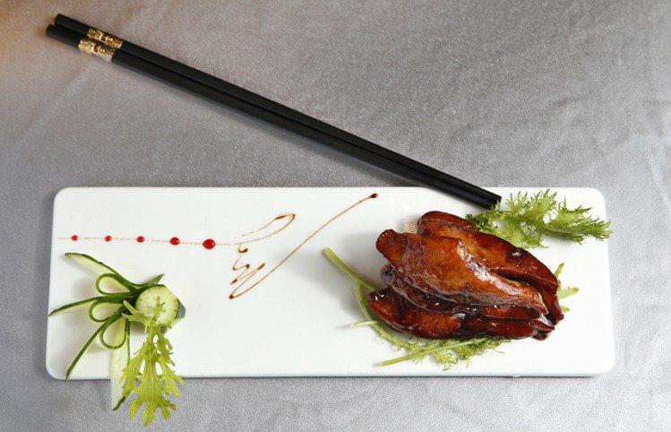 蔗糖燻魚塊。記者鄭超文/攝影