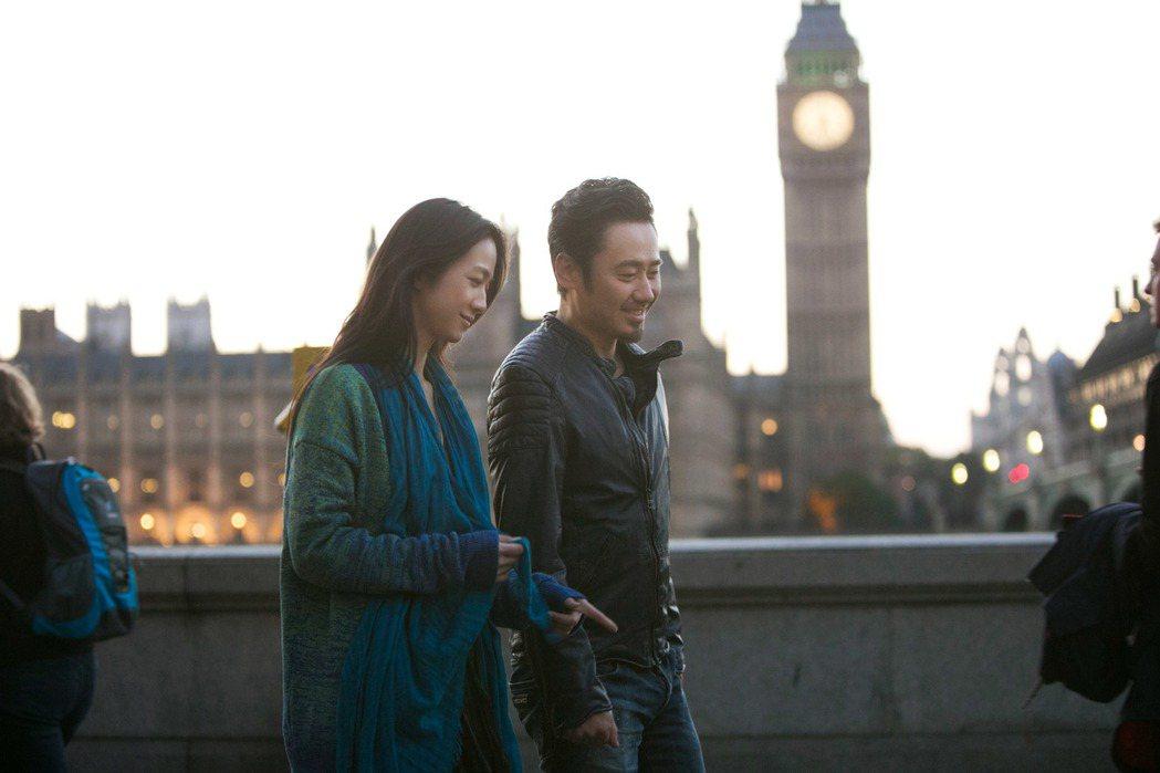 「北京遇上西雅圖之不二情書」湯唯(左)和吳秀波的對話,句句觸及觀眾的心。圖/華映...