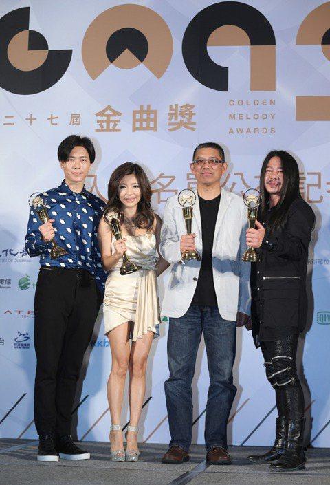 第27屆金曲獎13日宣布入圍名單,亂彈阿翔、金曲獎總召周建輝、李愛綺、韋禮安揭曉入圍名單。