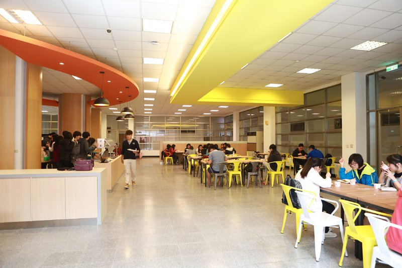 中信中學學生餐廳。圖片供應/中信中學