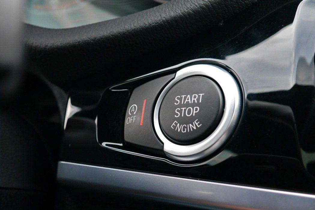 Confort Access免鑰匙系統及引擎自動啟閉系統。 記者陳威任/攝影