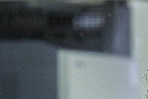 以《我相信》爆紅的歌手楊培安,日前曾自曝有過吞藥自殺的舉動。18日《壹週刊》報導,楊培安最近似乎婚姻觸礁,急著找新的租屋地點,但卻處處碰壁。報導中指出,許多房東得知楊培安曾有過自殺舉動,都不敢將房子...