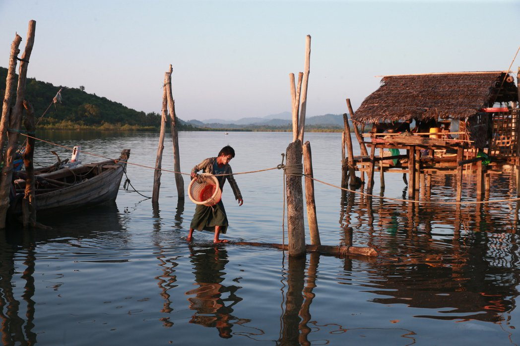 緬甸古亞漁村一景。 記者黃義書/攝影