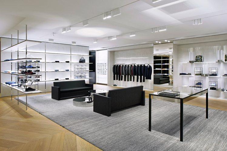 全新的Dior Homme微風信義概念店,以招牌的黑色為整體店面的顏色主調。圖/...