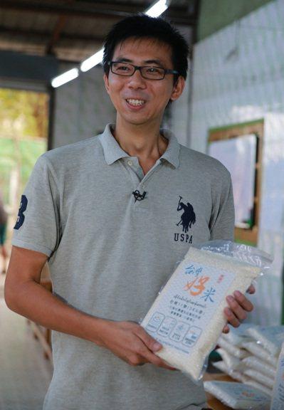從美國紐約到緬甸種稻的蔡磊堅。 記者黃義書/攝影