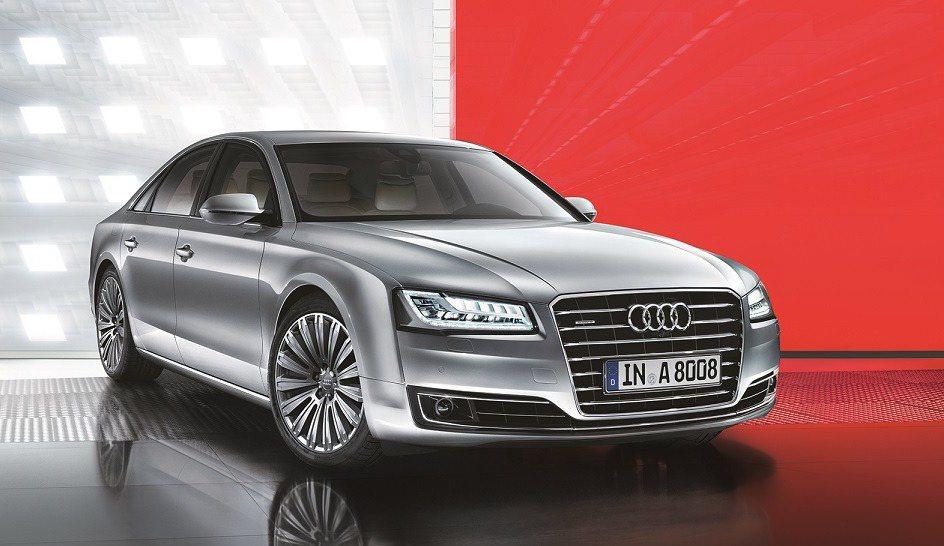 台灣奧迪推出Audi A8「領袖租賃」方案,月付72,000元起,就能享有總統級...