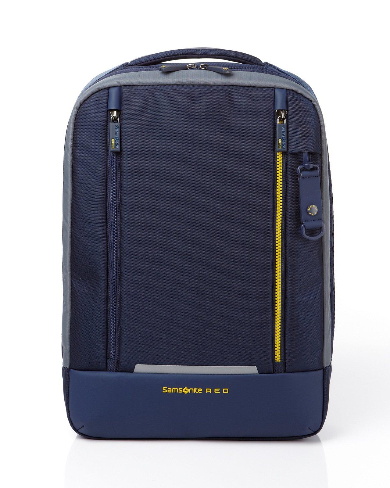 VORTEC系列藍色後背包(M),售價5700元。Samsonite Red提供