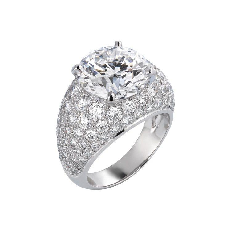 卡地亞頂級珠寶Corps Must鑽石戒指。圖/卡地亞提供