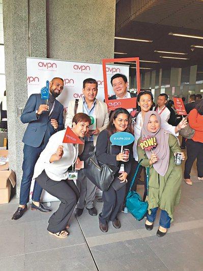 亞洲公益創投網路(AVPN)年會在香港舉行,五百名國際社會投資者雲集,卅個社企爭...