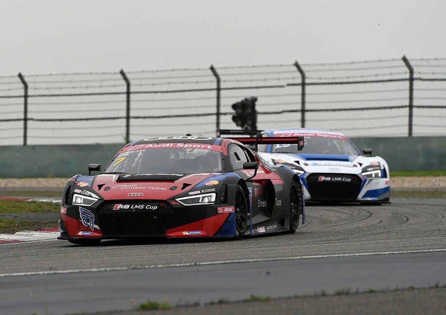 Audi品牌大使李勇德在兩場比賽奪下業餘組別冠軍與季軍,以些微差距暫居業餘組第二,期待在各分站的精采表現。 Audi提供