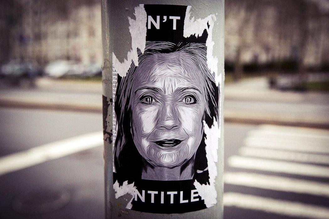 女性政治人物的外在形象、感情婚姻,被批評討論的機會總是比政見還熱門。事實上,希拉...
