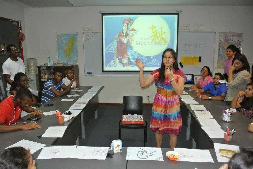 印度德里台灣華語中心授課。 畫面提供/印度台灣教育中心--金德爾全球大學辦公...