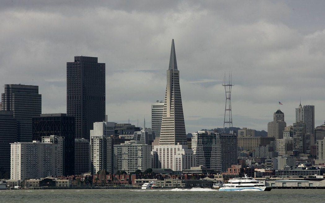在美國大城市中,舊金山百萬美元以上住宅占比最大。圖為從金銀島遠眺舊金山天際線。(...