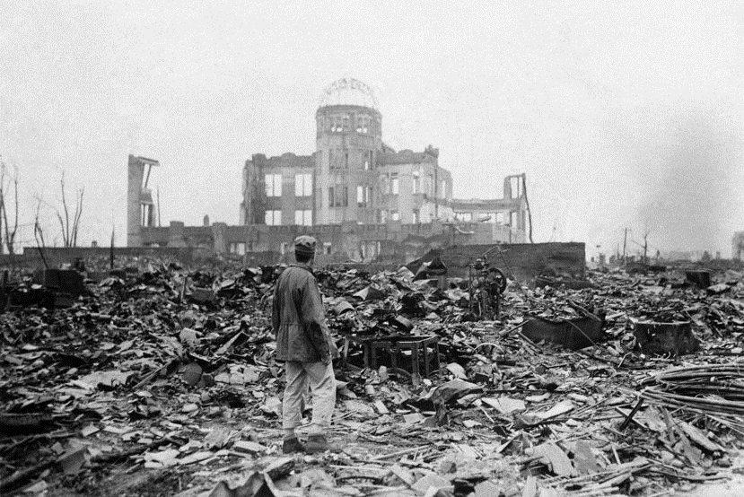 劫後廣島。圖為1945年9月8日,原爆一個月又兩天之後的廣島。 圖/美聯社