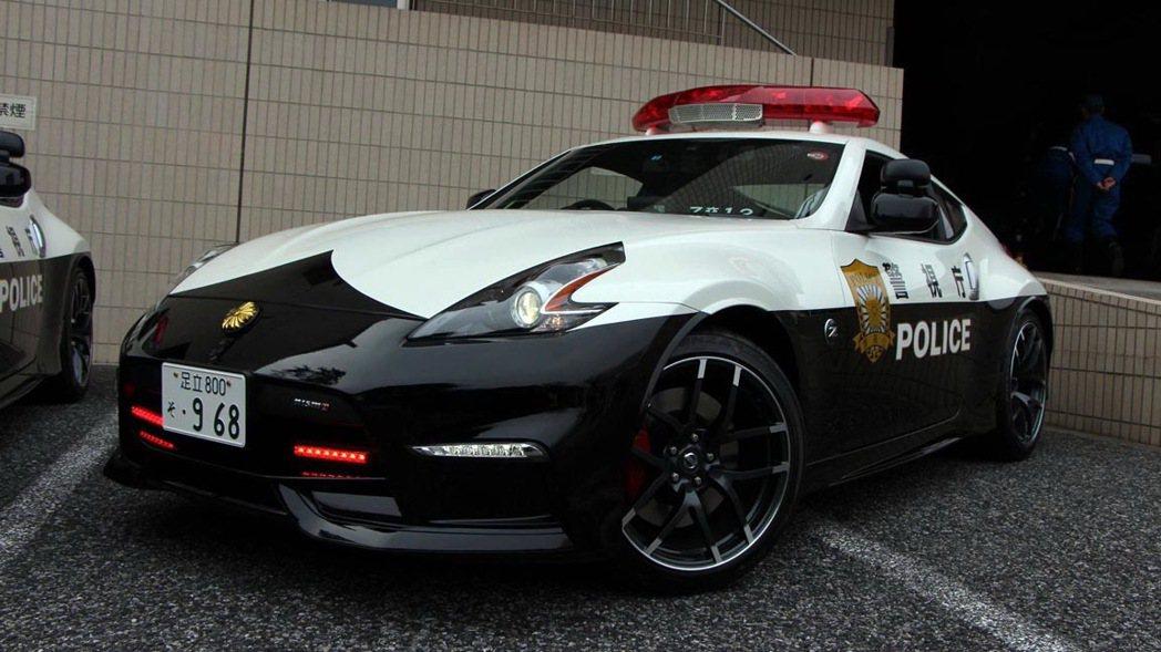 暱稱為惡魔之Z的NISSAN 370Z Nismo加入日本警視廳。 摘自auto...