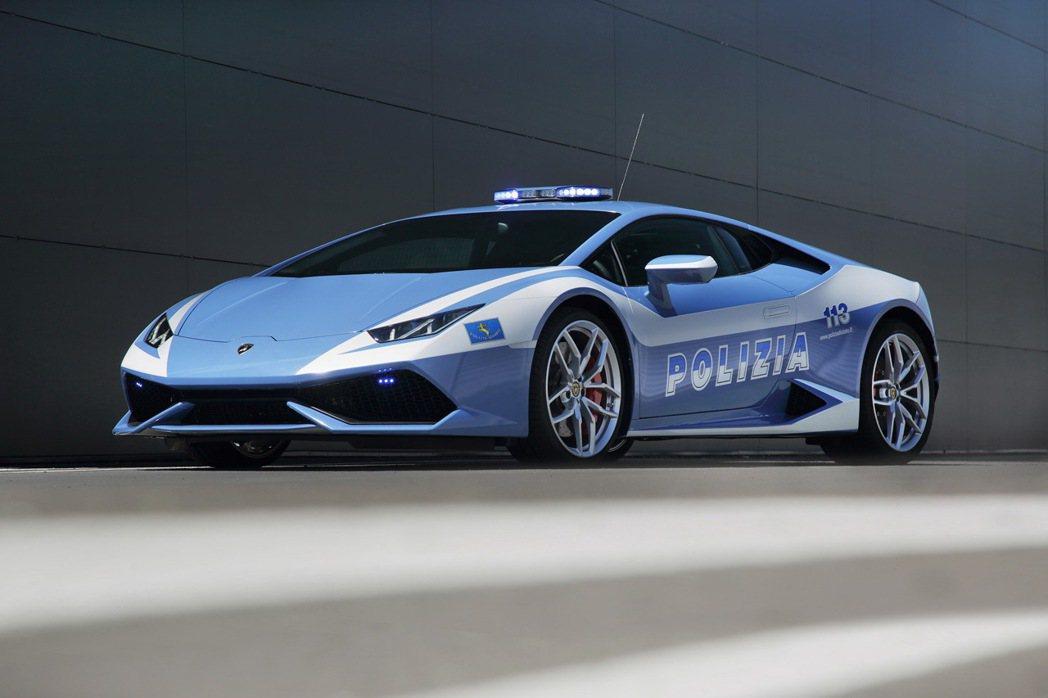 義大利警方的Lamborghini。 摘自autoblog.com