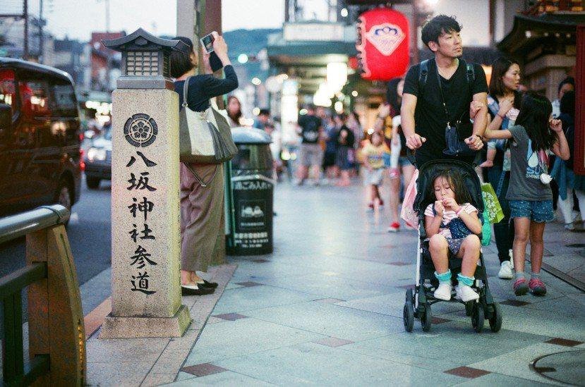 住在像京都這樣的一個城市,你很容易可以體會到所謂的「古代」就是數百年前的「現在」...