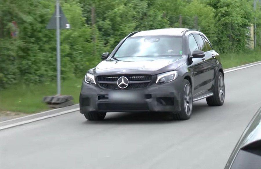 Mercedes-AMG GLC63最近再度捕獲測試車。 截自walkoART...