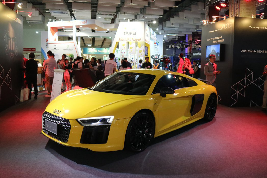 Audi參與台北國際電腦展COMPUTEX,攤位中最顯眼的就是The new A...