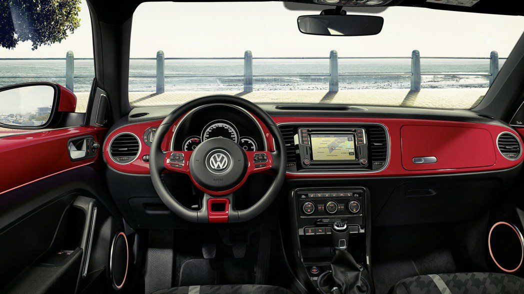 原廠也提供三種內裝款式,讓消費者自行選擇。 摘自Volkswagen