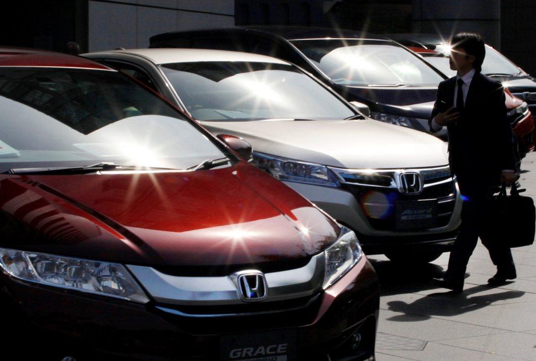 目前的本田不僅位居2015年全球前十大車廠,也是2015年最有價值汽車品牌前十名...