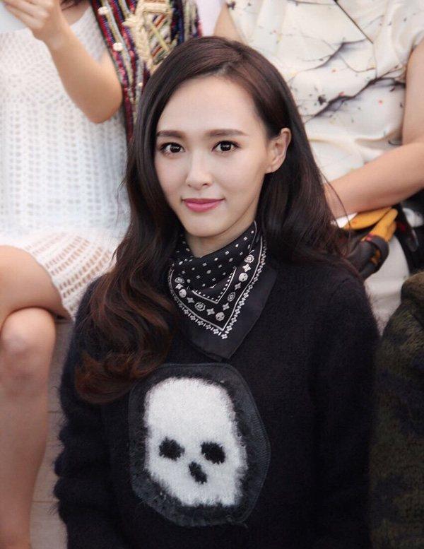 唐嫣的棉花糖妝讓她看起來更精致有神!圖文:悅己網