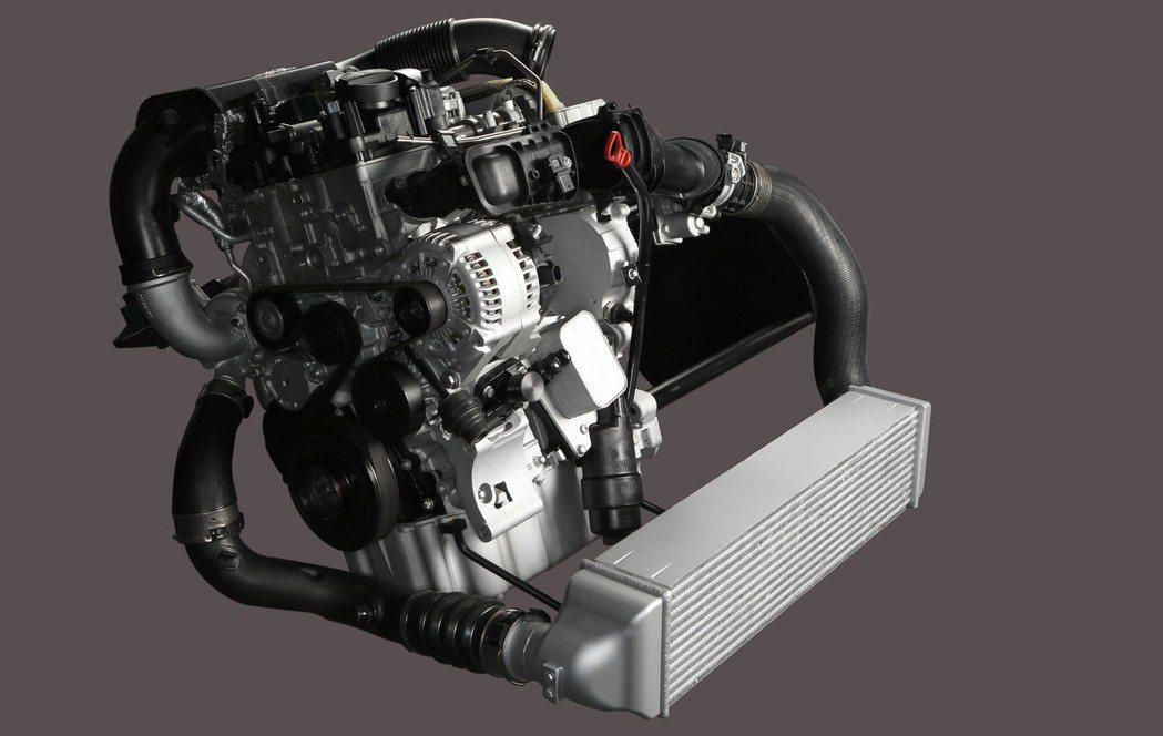 搭載在BMW i8油電跑車的BMW TwinPower Turbo 1.5升3缸汽油引擎,今年屈居亞軍。 圖/BMW提供