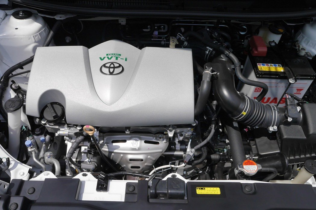 改款搭載全新Dual VVT-i引擎。 記者陳威任/攝影