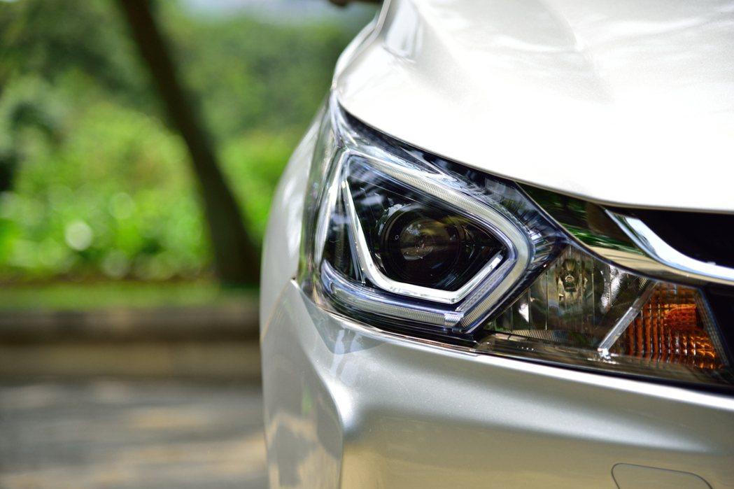 Luxgen S3頭燈頗具特色。 記者彭奕翔/攝影