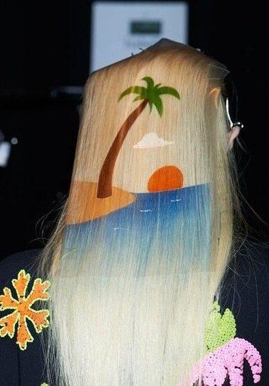 依舊是一款椰子樹在頭髮上的運用!圖文:悅己網