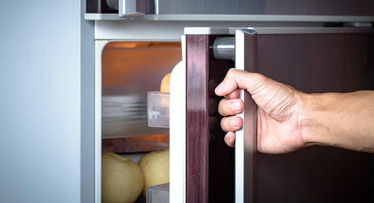 八個壞習慣 你把冰箱搞髒了 圖片/shutterstock
