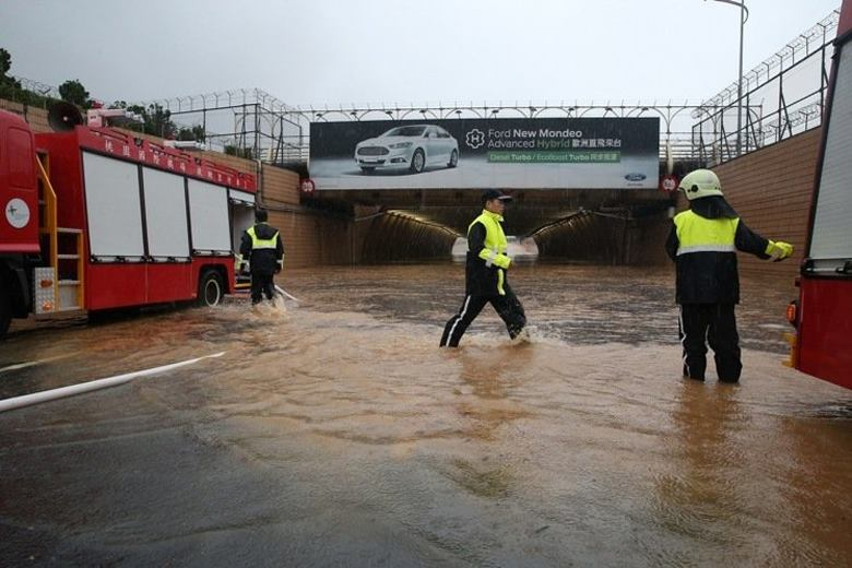 桃園機場淹水搶救狀況。 圖/聯合報系