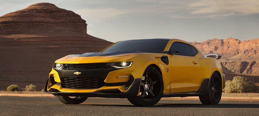 更具侵略性的車頭設計,讓新大黃蜂跑車展現出更兇猛的一面。 摘自Michael Bay麥可·貝Twitter頁面