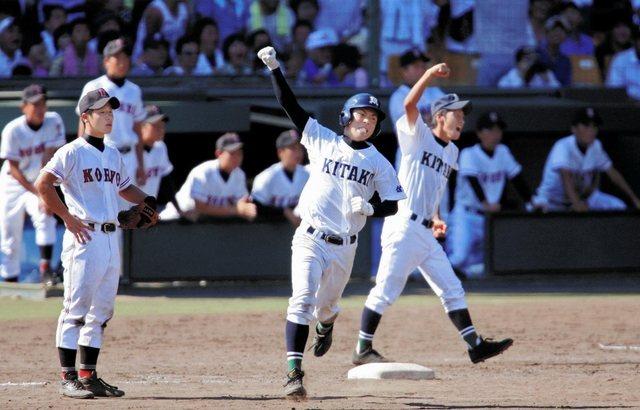 2007年,甲子園史上第2次出賽的佐賀北高校,以「升學校」之姿在夏甲一路打敗棒球傳統名校,最後取得史上第一座冠軍。圖為副島浩史選手。 圖/取自神戶新聞