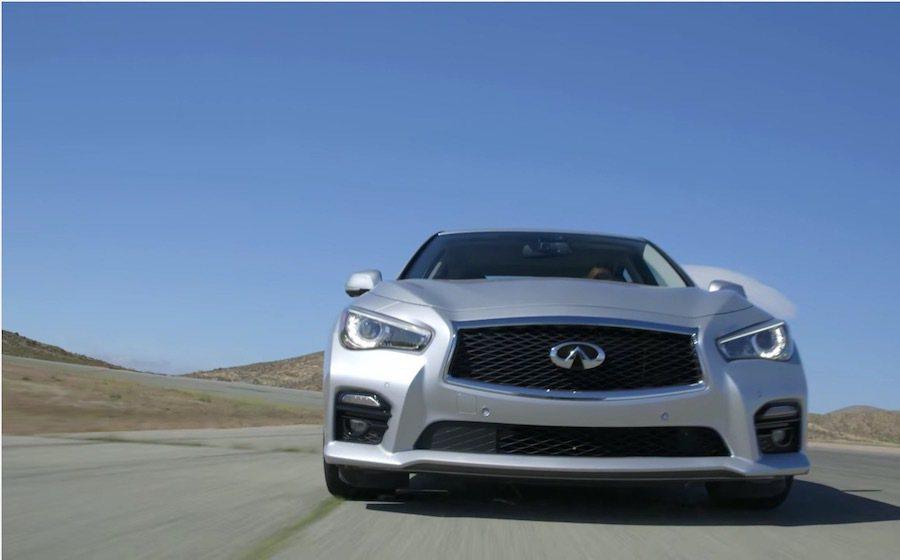 這輛Q50也是全球第一輛使用全電子轉向系統(By-Wire Steering)的車款。 截自Motor Trend Channel影片