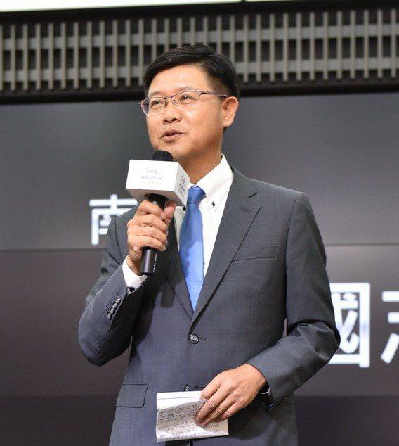 南陽實業總經理魏國志總經理以擴大商用車布局,展現HYUNDAI深耕台灣市場的決心。 圖/南陽實業提供