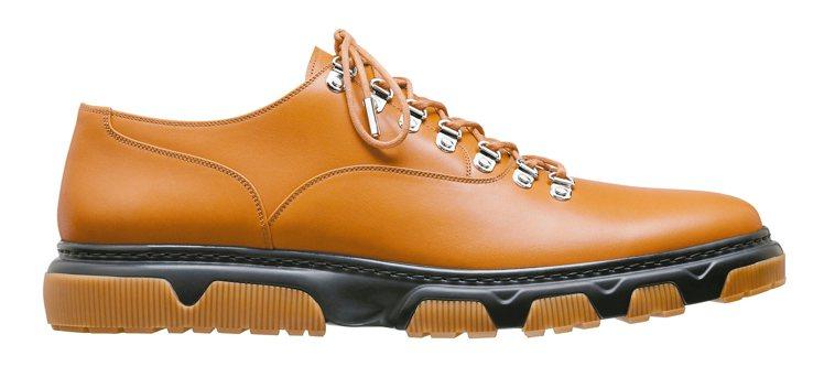 Dior Homme麥芽色小牛皮與橡膠鞋底皮鞋,43,000元。 圖/Dior提...