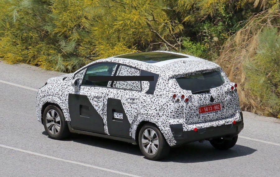 此車使用與Peugeot 3008以及Opel Meriva相同的PSA EMP...