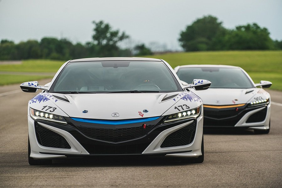 圖為油電版Pikes Peak挑戰賽車 Acura提供