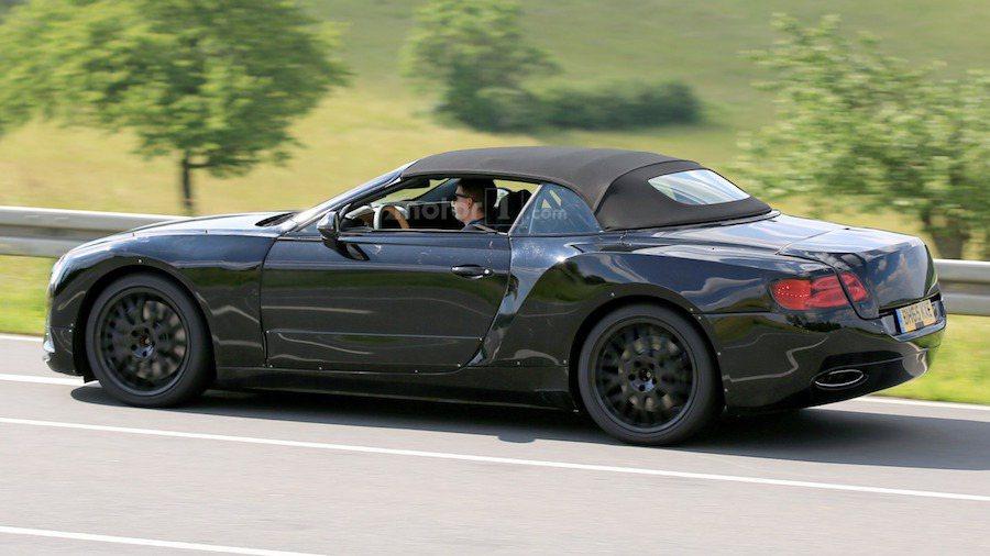 Continental GT使用VW集團的MSB平台打造。 摘自Motor1.com