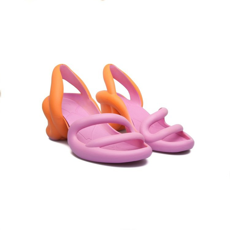 CAMPER KOBARAH 高跟涼鞋NT,680。圖/CAMPER提供