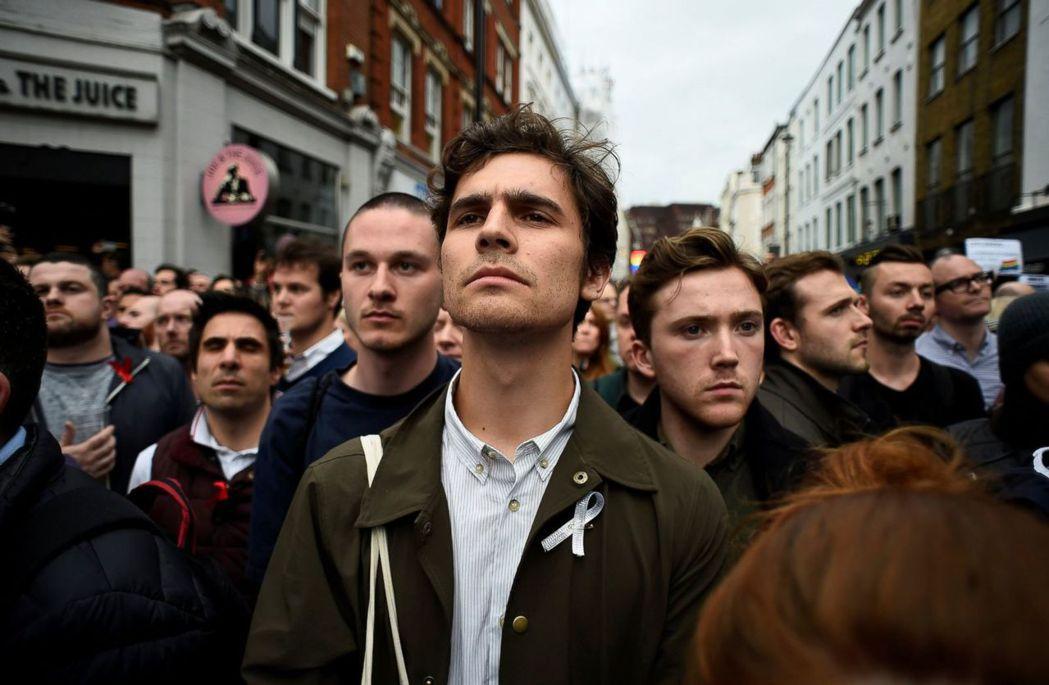 倫敦蘇活區的鄧肯上將酒吧,以悲劇的往事成為了LGBT平權運動的紀念地標。 圖/路...