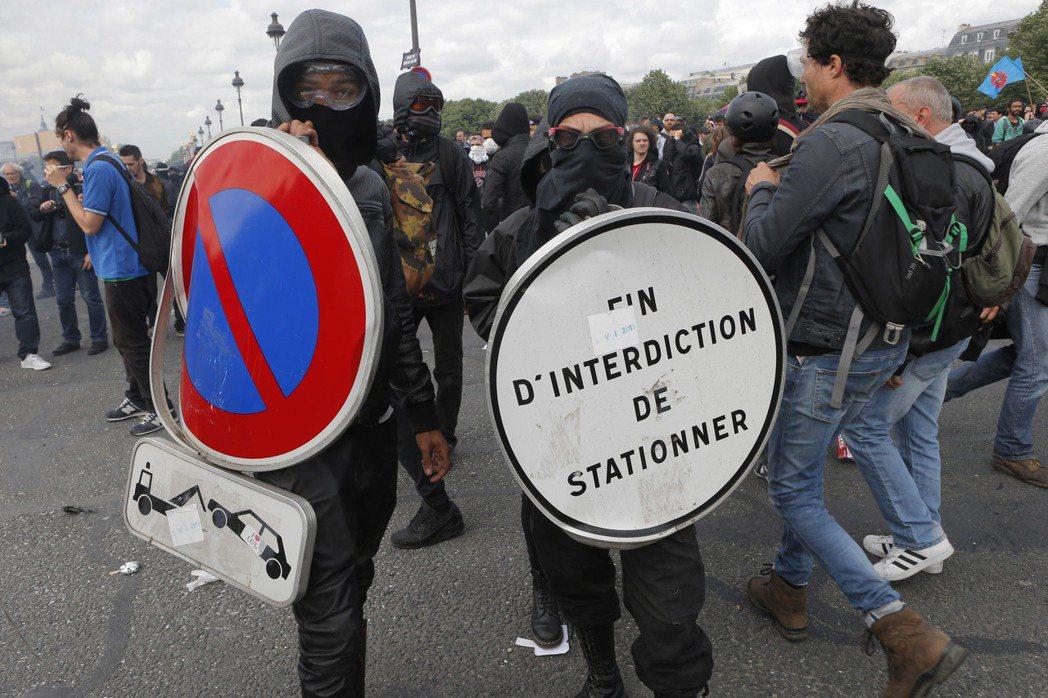 法國隊長的抗爭。 圖/美聯社